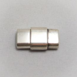 10 mm silver plated magnetic clasp